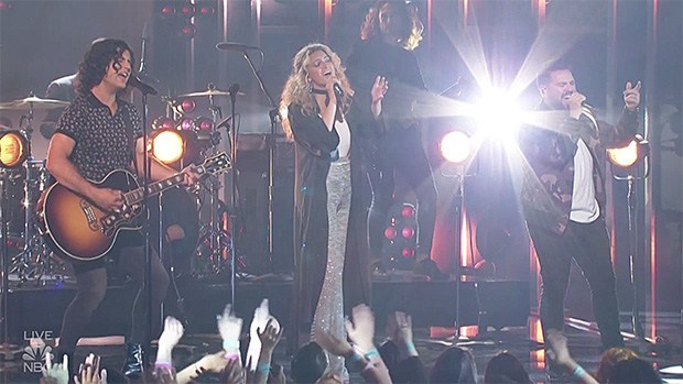 dan-shay-give-amazing-performance-of-speechless-with-tori-kelly-at-2019-billboard-music-awards
